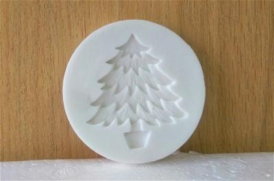Khuôn chocolate/Fondant silicone hình cây thông
