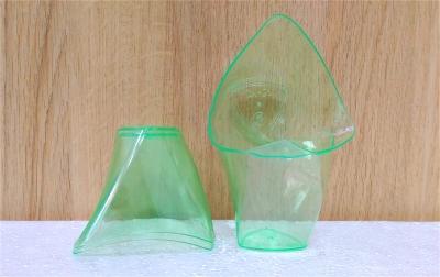 Ly nhựa xanh trong - 20 cái/cây